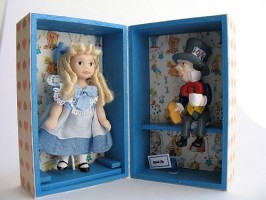Alice & Mad Hatter Doll Trunk